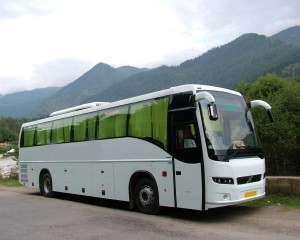 Delhi to Manali coach on day 1 of Leh trip