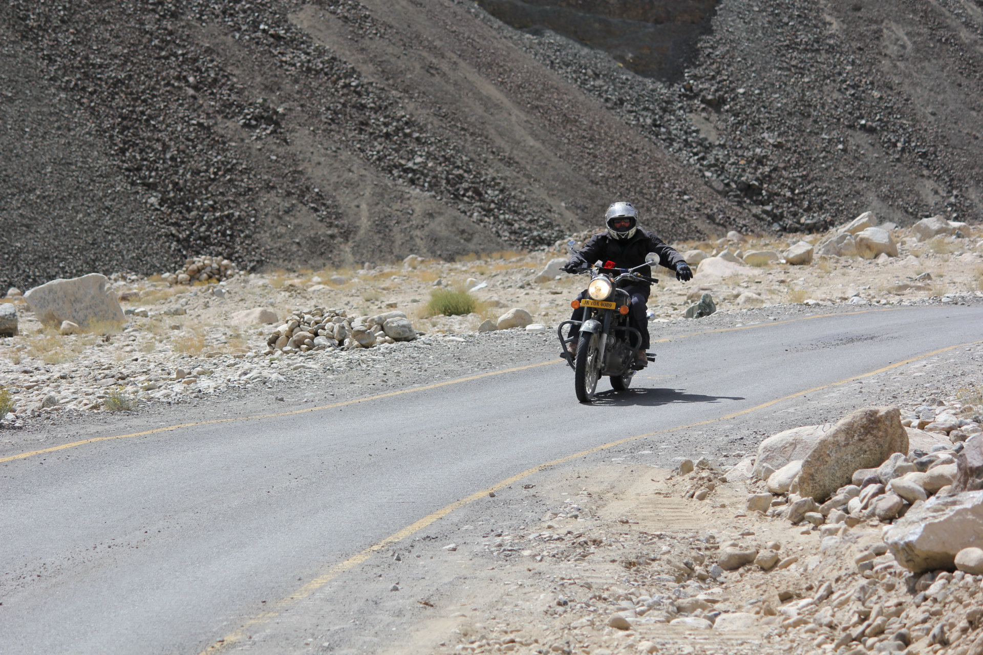 essential info ladakh bike trip