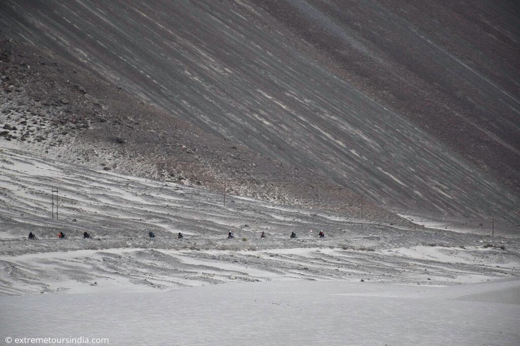 Cruise through the cold desert. Nubra valley
